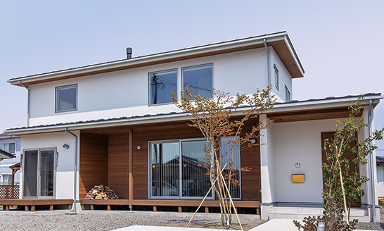 ミニマルだから映える素材余白が心地よい大空間の家