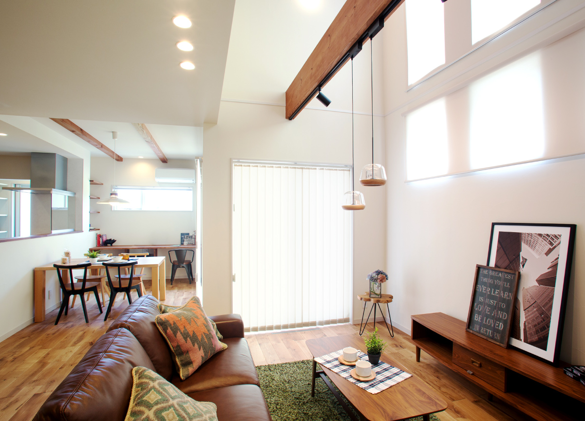 完成お披露目会「日々を楽しむ遊び心 / 洗練されたシンプルな空間で心地よく暮らす家」