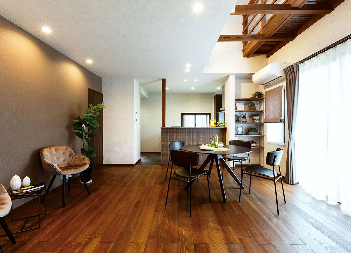リノベーション オープンハウス「夢だった吹抜けのある暮らし 大人なモダン空間リフォーム」